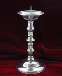 MG300-Medieval Candlestick